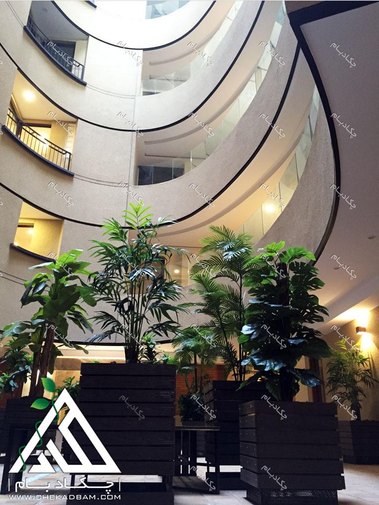 طراحی فضای سبز لابی گلدان و فلاورباکس داخلی تهران تجریش green lobby design tehran tajrish interior flowerbox