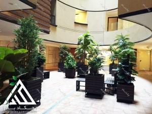 طراحی و اجرای فضای سبز لابی گلدان و فلاورباکس داخلی چکاد بام ساختمان مسکونی تهران تجریش