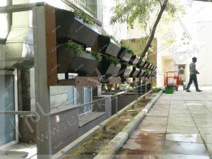 تابلوهای سبز چکادبام فلاورباکس های دیواری و نرده چکادبام محوطه سازی حیاط بیمارستان روزبه تهران کارگر جنوبی