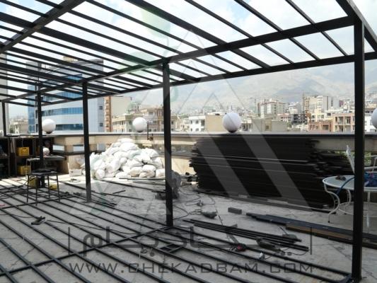 مرحله اول اجرای پروژه شاسی کشی سقف چوب پلاس