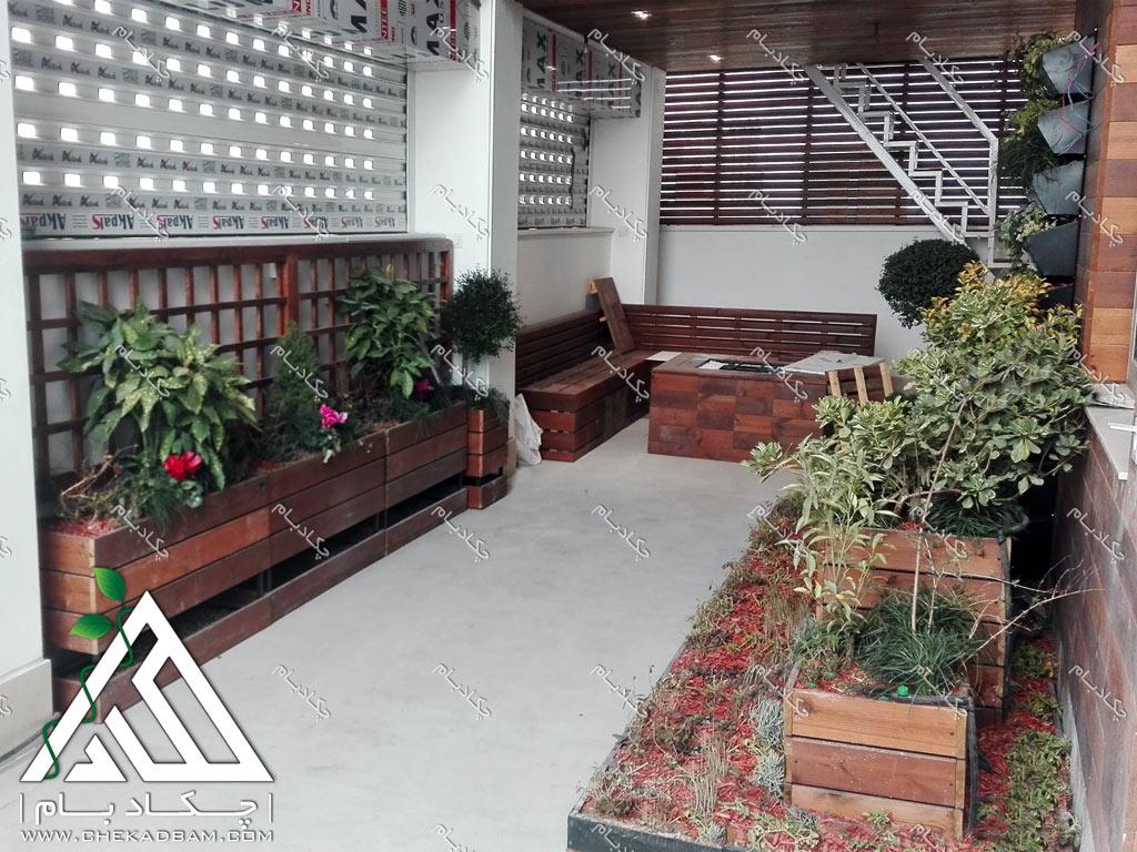 طراحی تراس کوچک سبز فلاورباکس های زیبا برای بالکن green terrace green balcony design