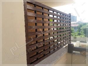 اجرای دیوار حائل برای حفظ محرمیت تراس دیوار چوبی