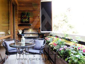 طراحی و تزیین تراس سبز کوچک با گلهای مخصوص تراس دروس تهران