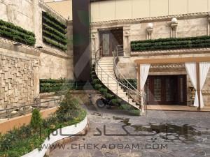طراحی ورودی تالار پذیرایی تهرانپارس پرگولا دیوار سبز مدولار ناز فرانسوی آلاچیق